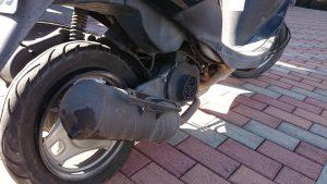 原付バイクの出張パンク修理