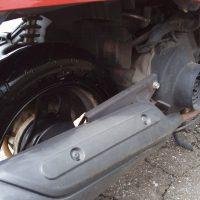 スクーターのタイヤからエアー漏れ