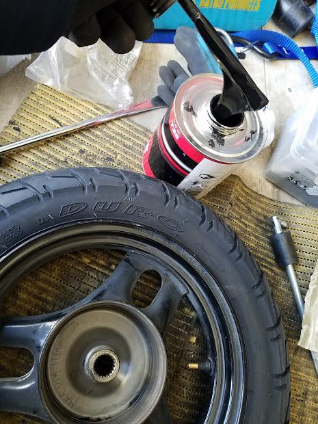ジョルノの出張タイヤ交換