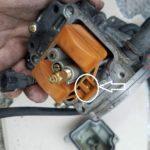 キャブレターの燃料漏れ