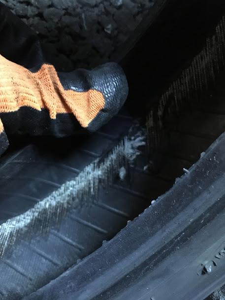 原付タイヤの内側