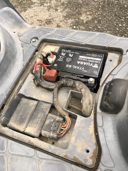 レッツ4のバッテリー