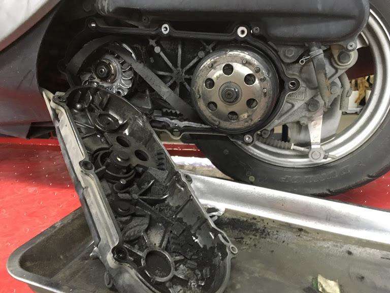 ドライブベルトの破断