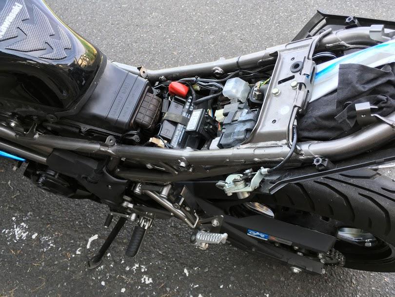 バイクバッテリー交換