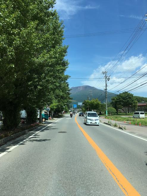 軽井沢から見る浅間山