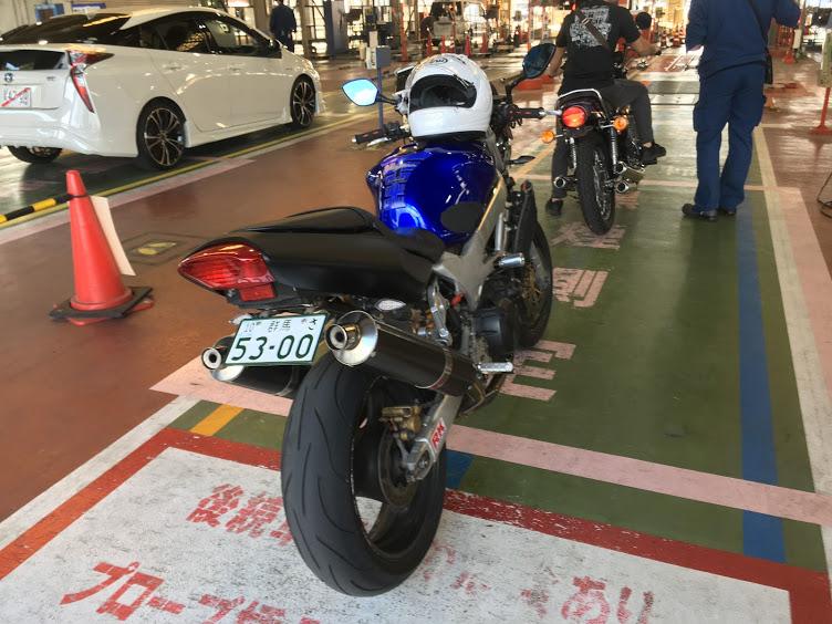 バイクのマフラーの音検査