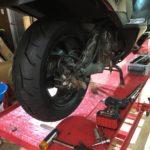 ビッグスクーターのリアタイヤ交換